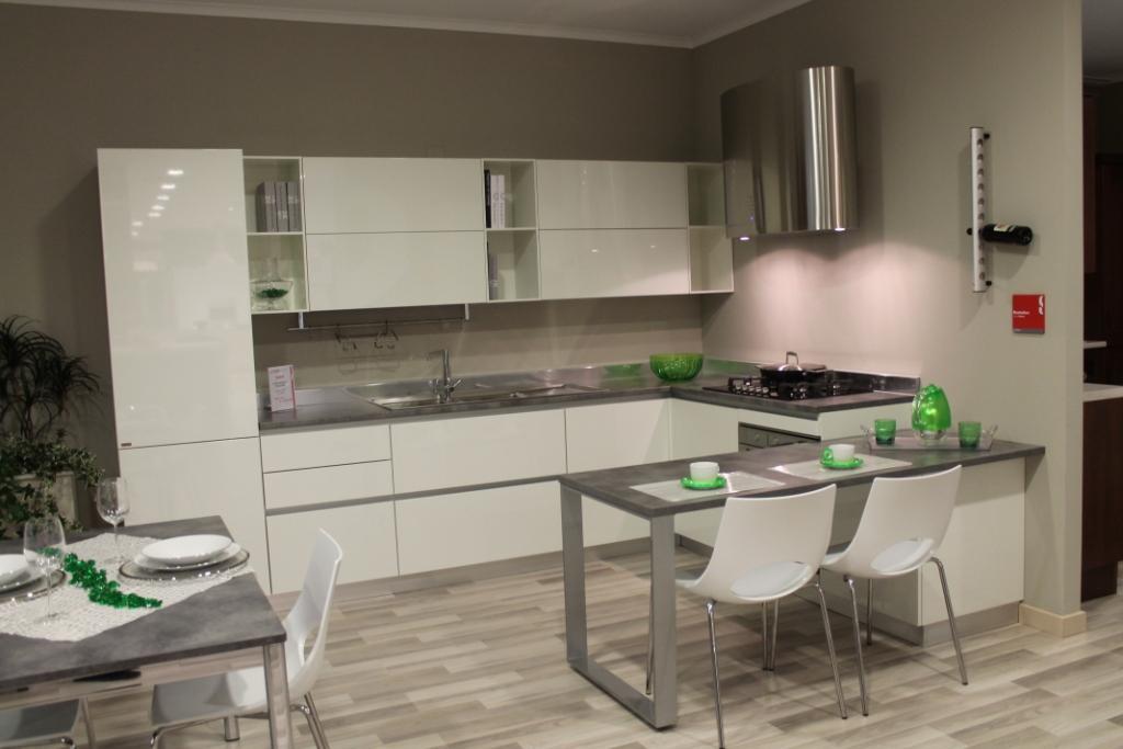 Cucina Scavolini Evolution completa di elettrodomestici